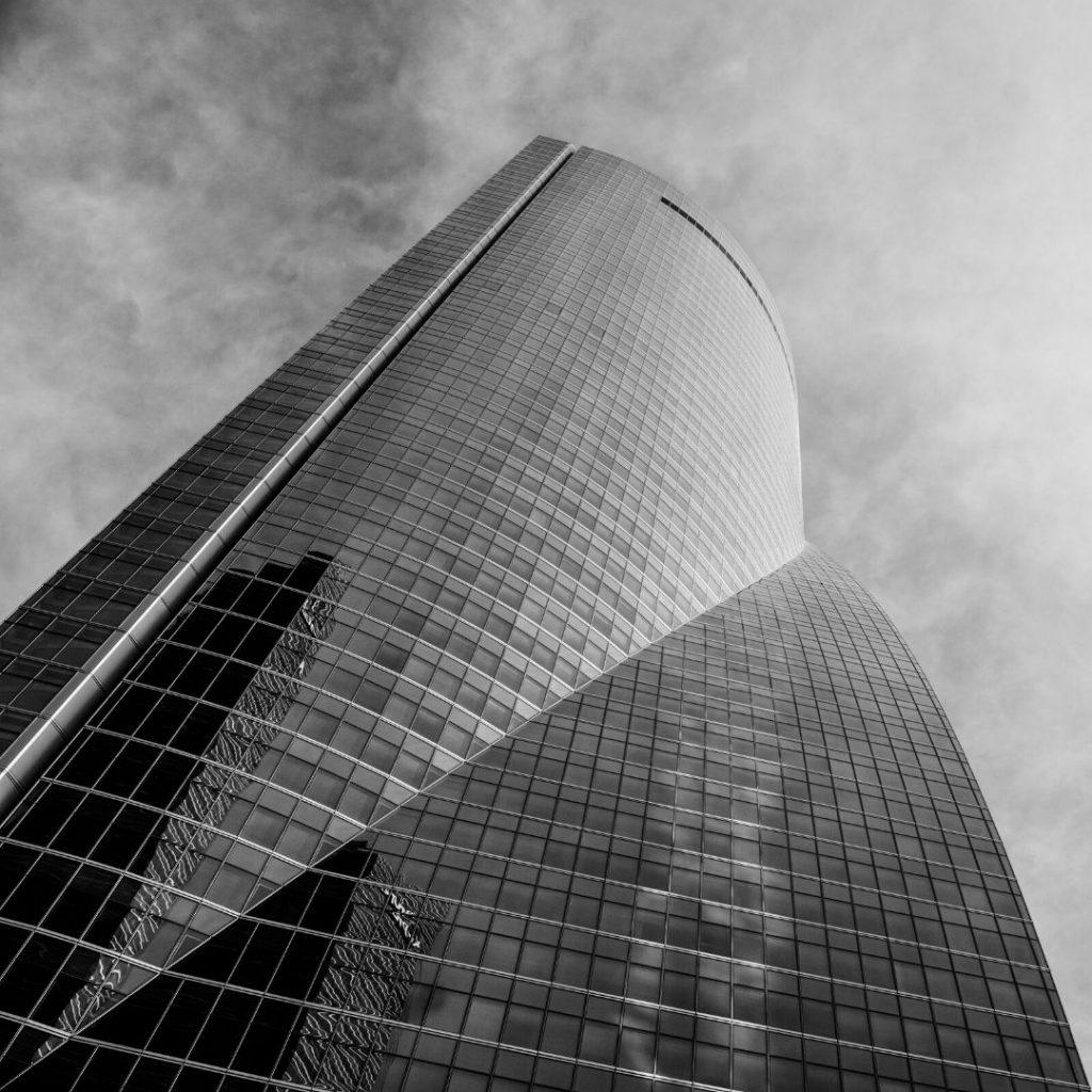 edificio 4 torres Madrid. Trabajos de vidriería